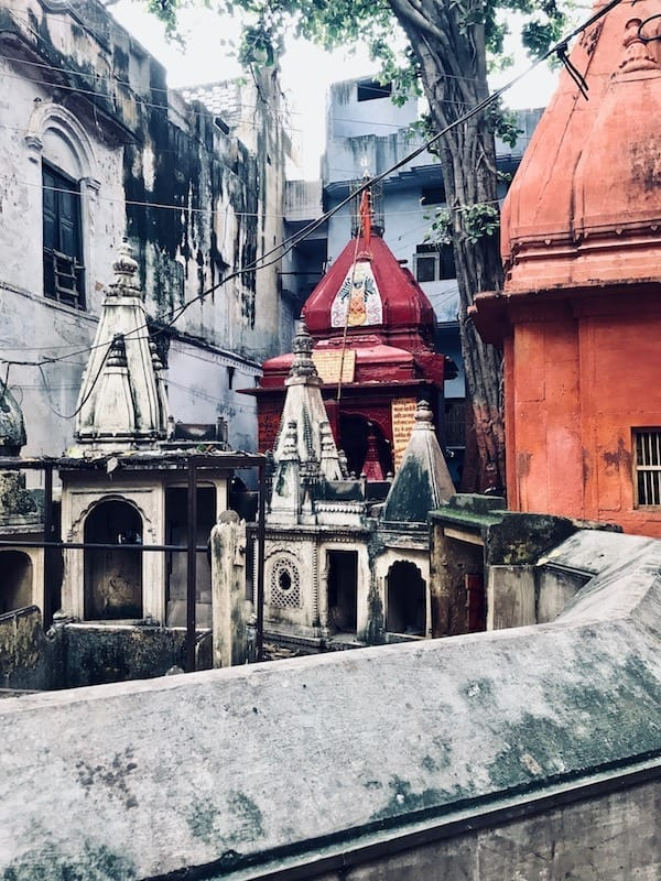 Courtyard shrines in Varanasi old city | Neighbourhood temple in Benaras | Local's tour of Varanasi