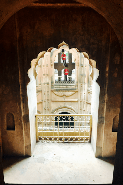 Bowli garrison line of sight to defend the stepwell of Bara Imambara | Shahi Baoli defenses