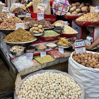 Variety of colourful spices on sale on a Delhi street | Delhi walking tour