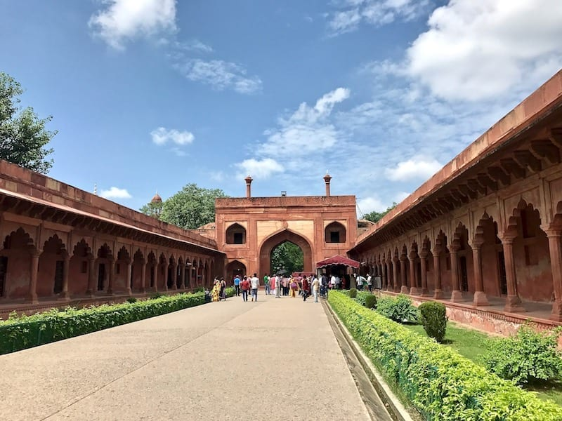 Street leading to the East Gate of the Taj Mahal, flanked by scalloped arches