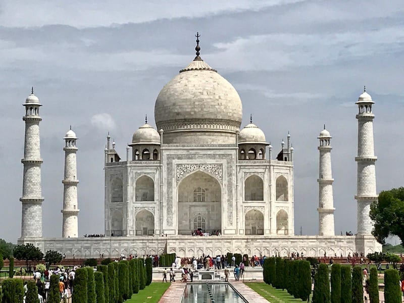 Front view of the white marble architecture of the Taj Mahal | UNESCO World Heritage Site of Agra, India